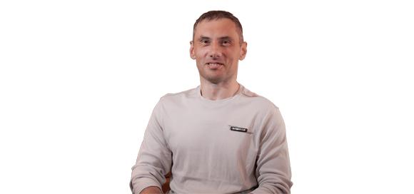 Ярослав Дмитриев